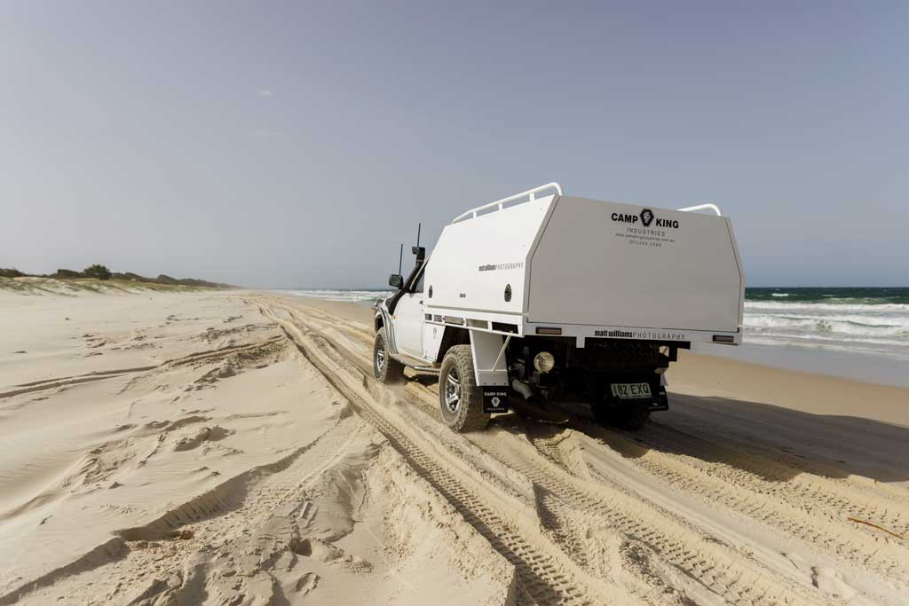 4wd on the beach driving - how to drive on sand