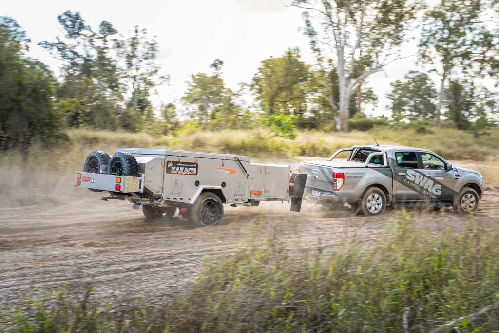 4wd towing a forward fold camper trailer