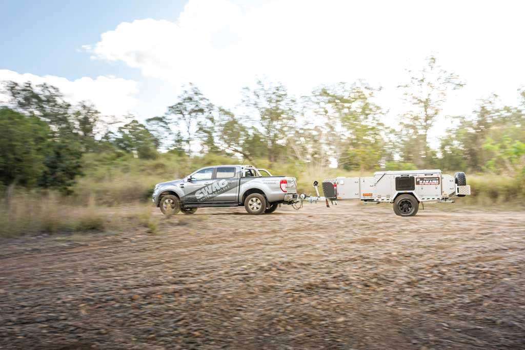 4wd towing a camper trailer
