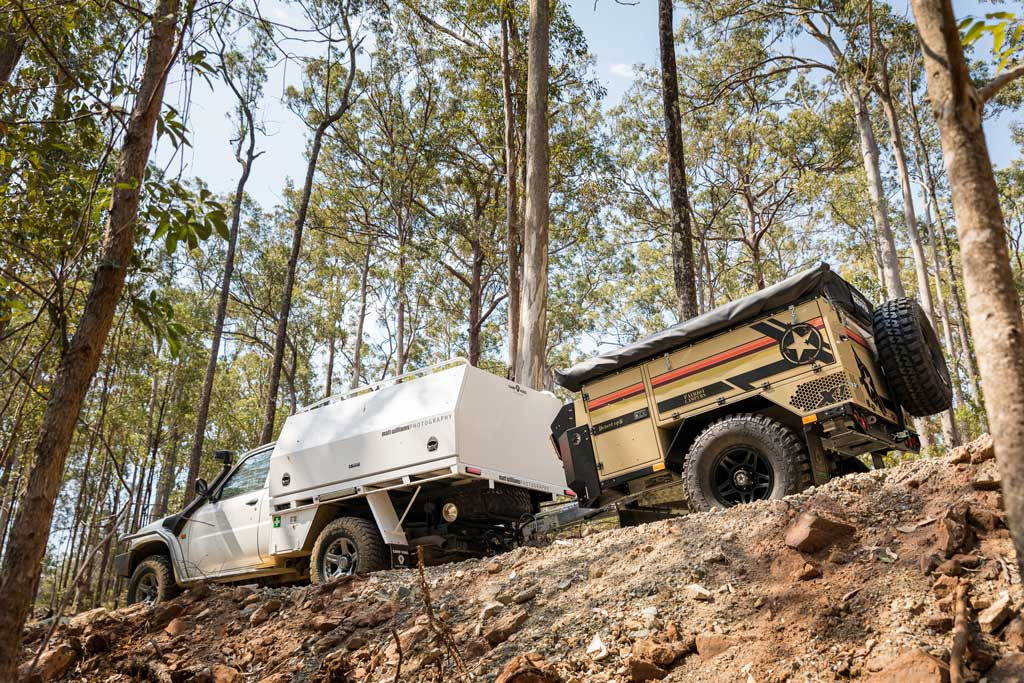 4WD towing off-road camper trailer